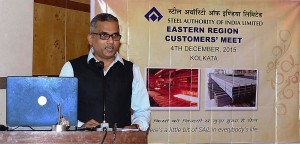 Mr PK Mishra delivering the inaugural address at the meet