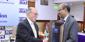 Gowtama M V, Chairman &; Managing Director, Bharat Electronics Ltd (BEL), receiving the Distinguished Engineer Award instituted by the Engineering Council of India,from Anil Baijal, retired IAS officer and the 21st Lieutenant Governor of Delhi, at a ceremony held in New Delhi.