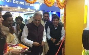 CM Bhupesh Baghel inspected stalls of various departments and gathered information